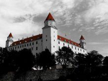 Bild 0 für Fünf slowakische Opfer zeigen Strahlenübergriffe an